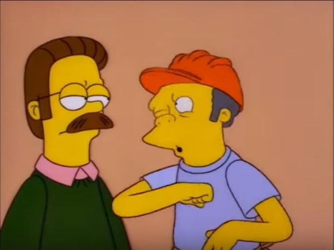 """Moe le dice a Ned """"qué trucazo, no?"""""""